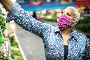 Quebec makes masks mandatory in indoor public spaces