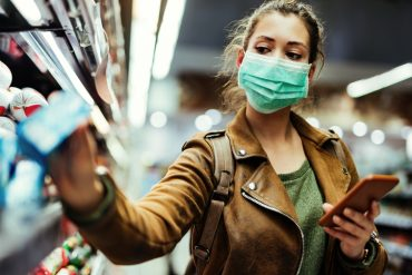BC to reinstate mandatory masks for indoor public spaces, including retail stores