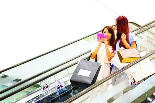 Smart beacons: Retailers getting closer to their customers