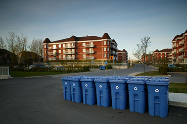 Major overhaul of the Québec curbside recycling, introduction of extended producer responsibility in Québec