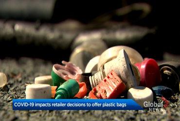 Plastic bags make a comeback in Nova Scotia during first wave of coronavirus pandemic. (Global News)