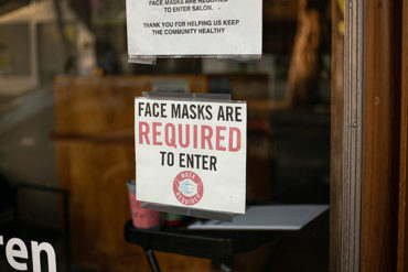 Nova Scotia retailers reminded to request that customers wear masks