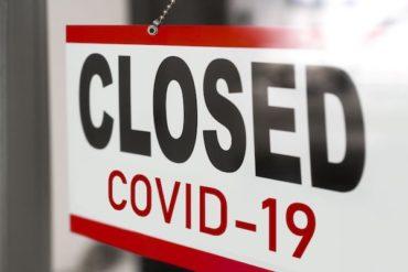 Manitoba non-essential stores to close