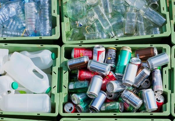 Plastiques et solutions de remplacement
