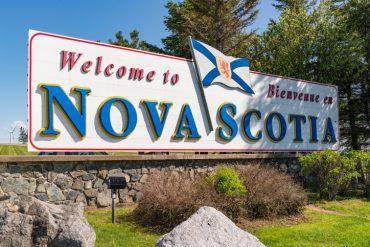 Nova Scotia accelerates removal of interprovincial travel restrictions