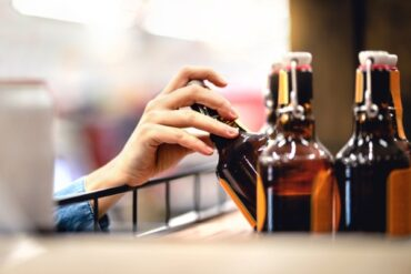 B.C. to allow private liquor retailers to sell to special event permit holders