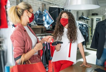 Clarifying Step 3 capacity limits and fitting room rules in Ontario